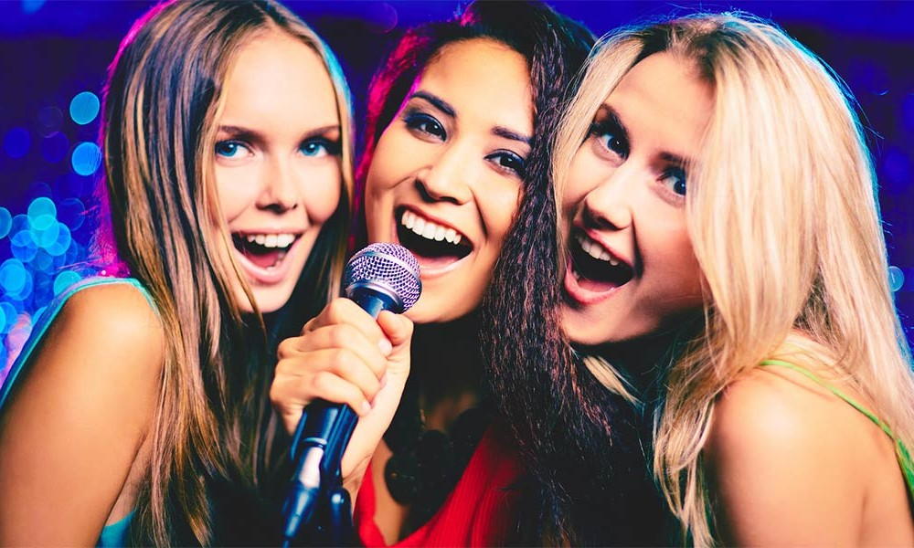 Karaoke Open Mic DJ Events